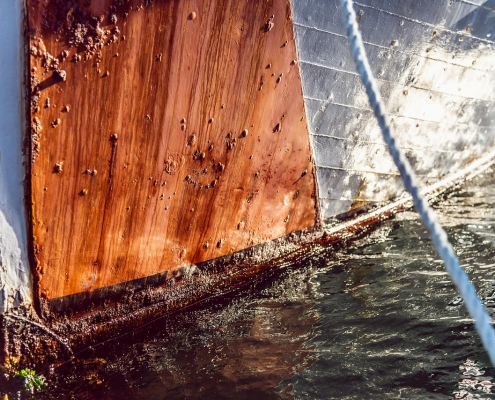 The antifouling removal guide to get you through the mucky job